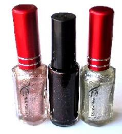 LOT VERNIS A ONGLES ET LINER